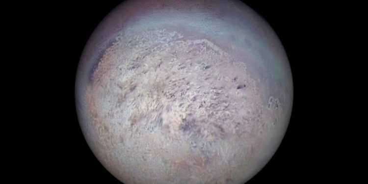 Astronomers discover exotic icy mix on Neptune's largest moon Triton